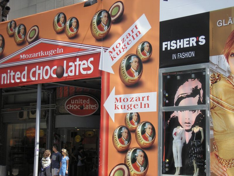 Mozartkugeln im United Chocolates Haashaus Stephansplatz